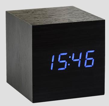 gingko gk08b10 w rfel digital uhr 39 clickclock 39 der serie cube schwarz blau uhren. Black Bedroom Furniture Sets. Home Design Ideas