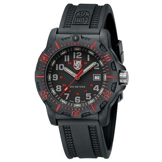 Uhr von Luminox Black OPS 8895
